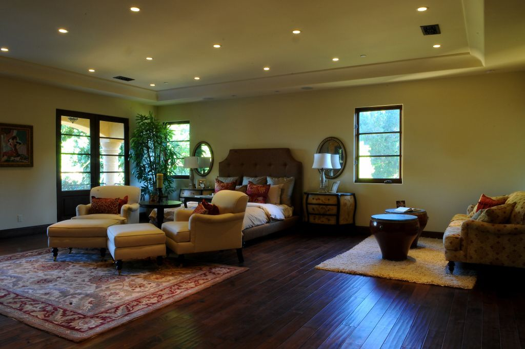 Room addition contractors in Los Angeles State of California are required to be licensed ...