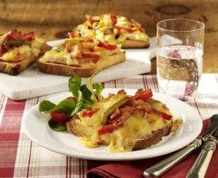 Leichte Paprika-Käse-Toasts