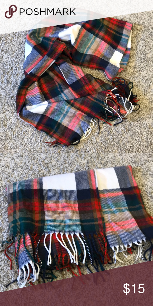 39ebba8e154c1 J Crew blanket scarf NWOT plaid scarf from Jcrew factory. J. Crew Factory  Accessories Scarves   Wraps