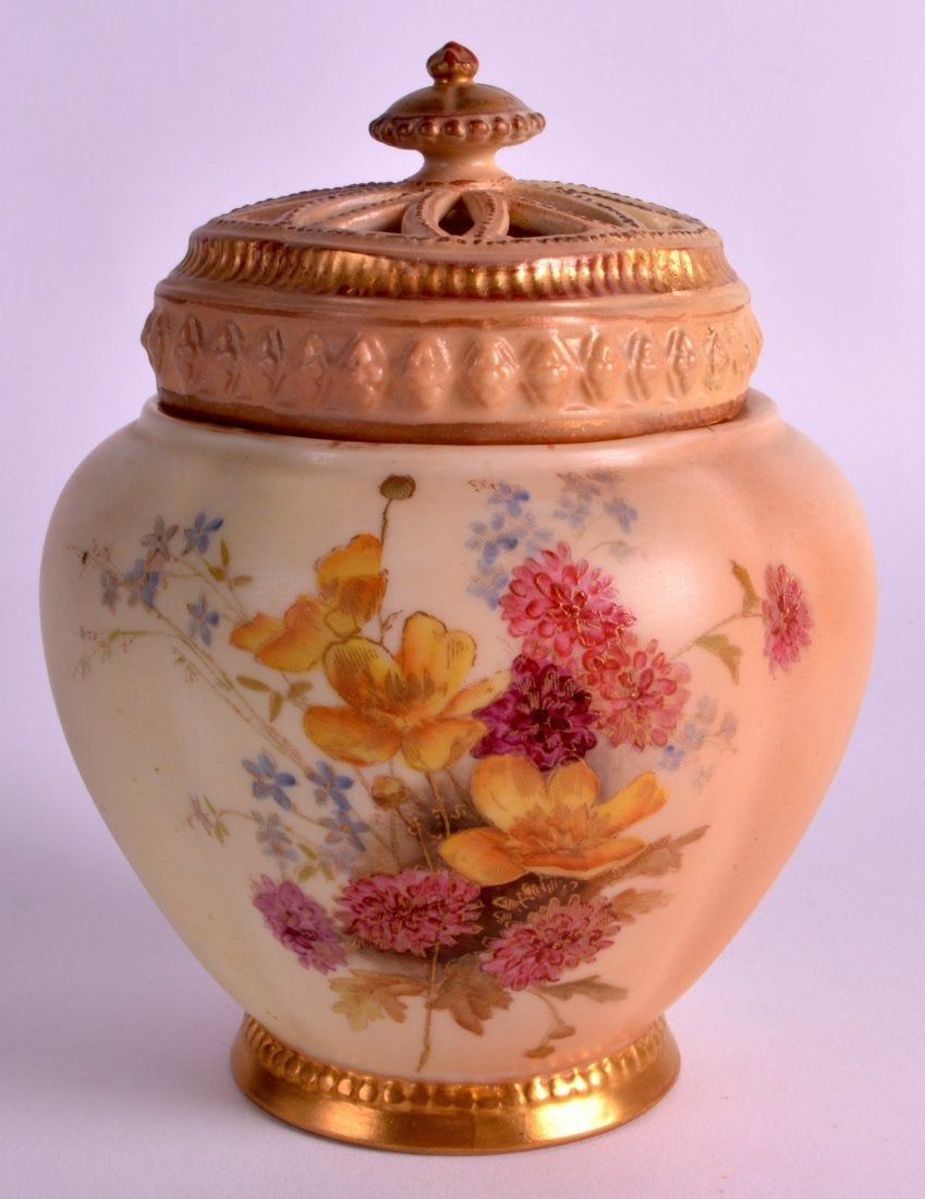 A ROYAL WORCESTER BLUSH IVORY POT POURRI AND COVER Royal