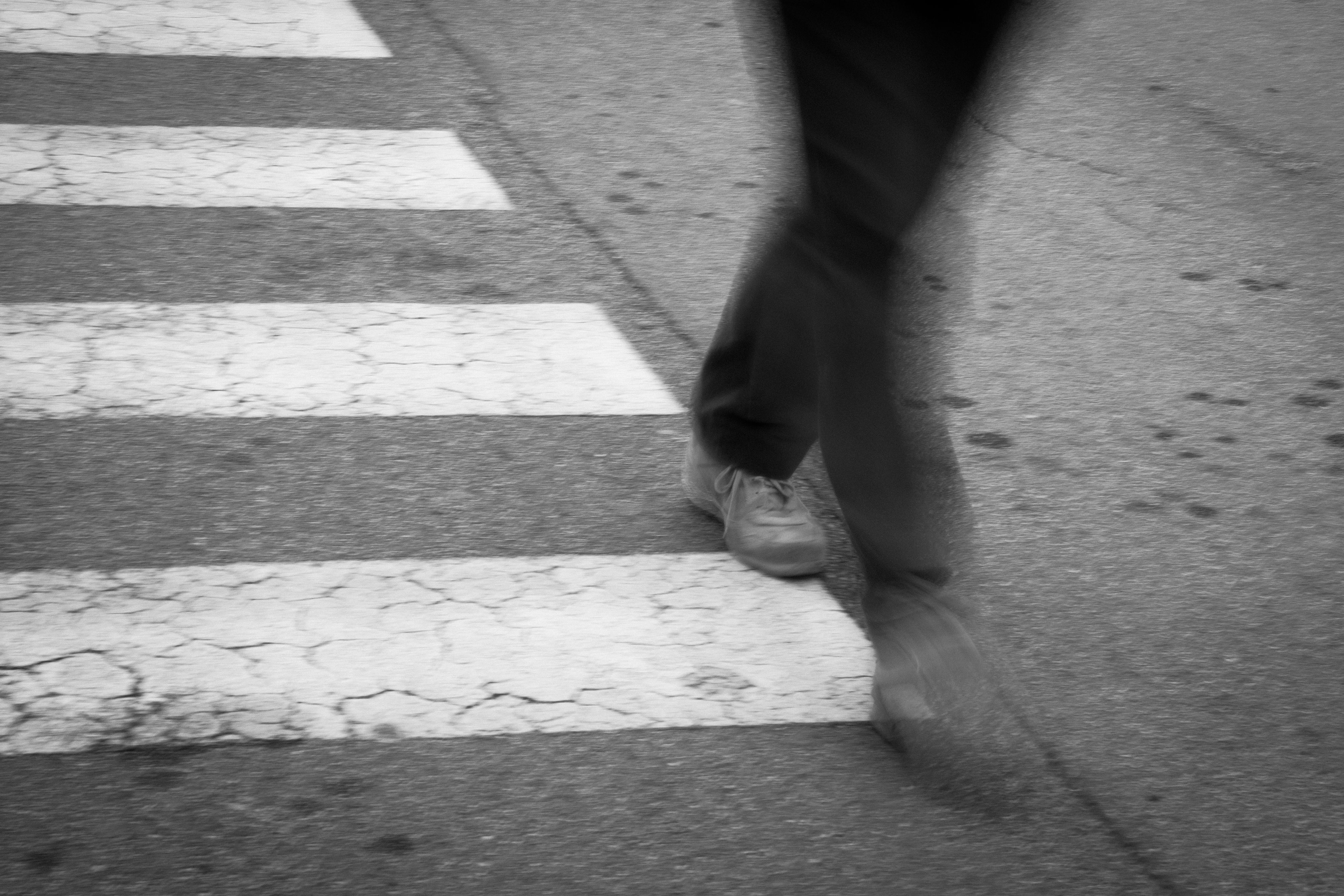 Street / photo / black and white / road / photography