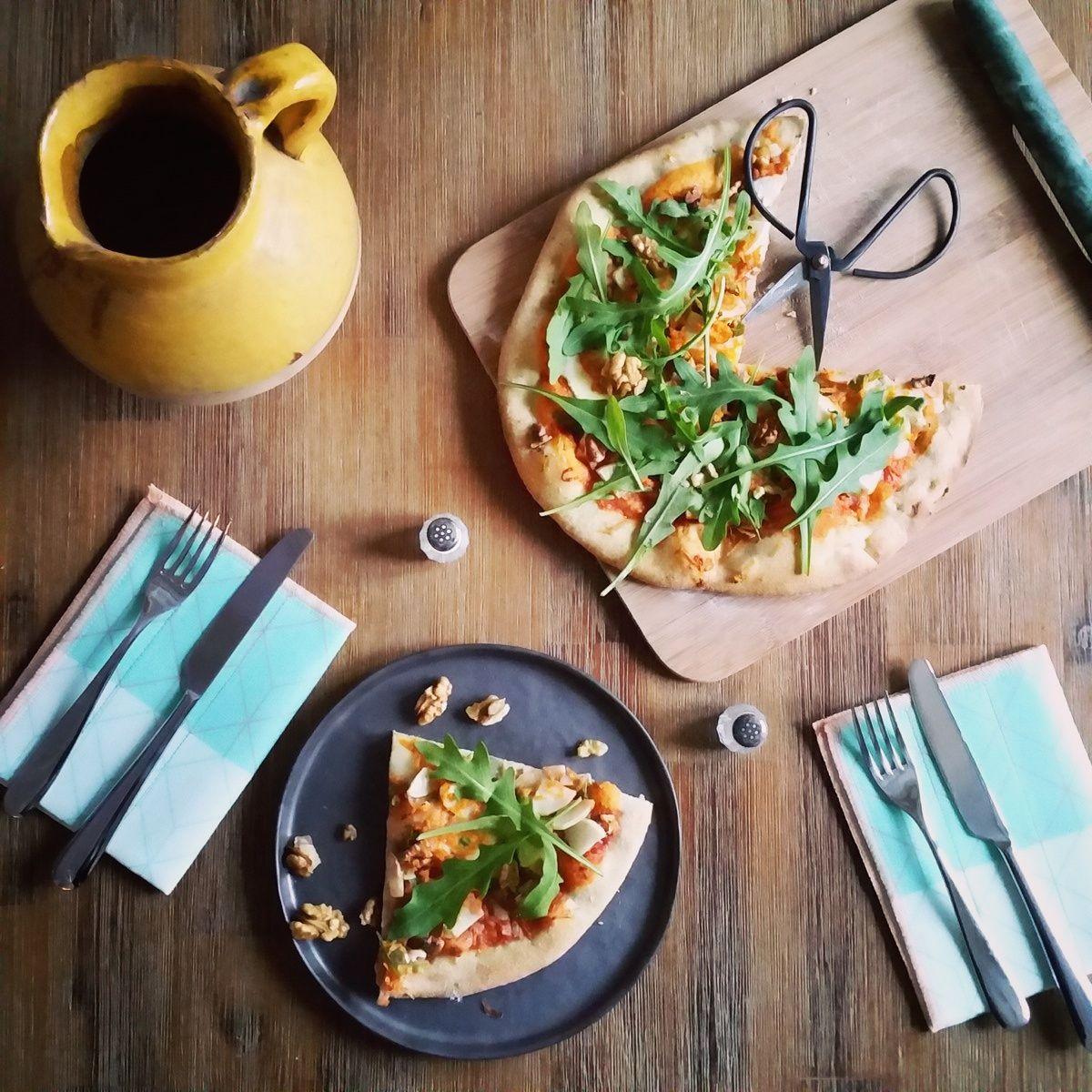 Pizza végétarienne à la carotte et au radis noir - Recette ...