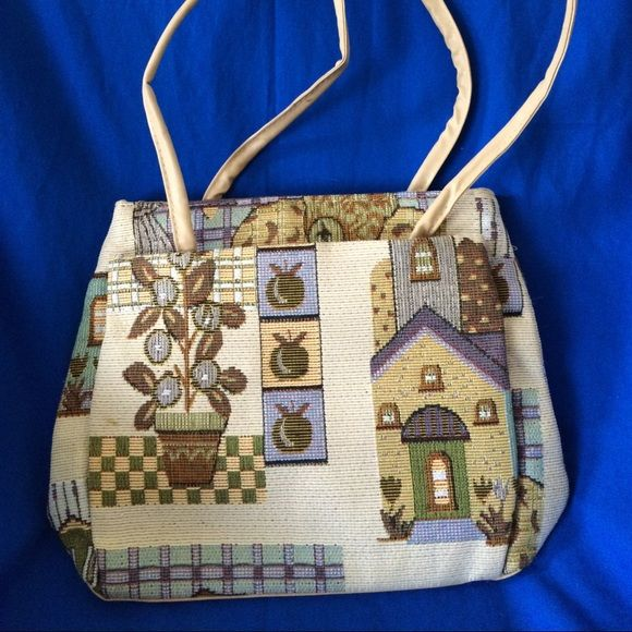 Canvas shoulder bag Very cute canvas should bag. NWOT non smoking house. Unknown  Bags Shoulder Bags
