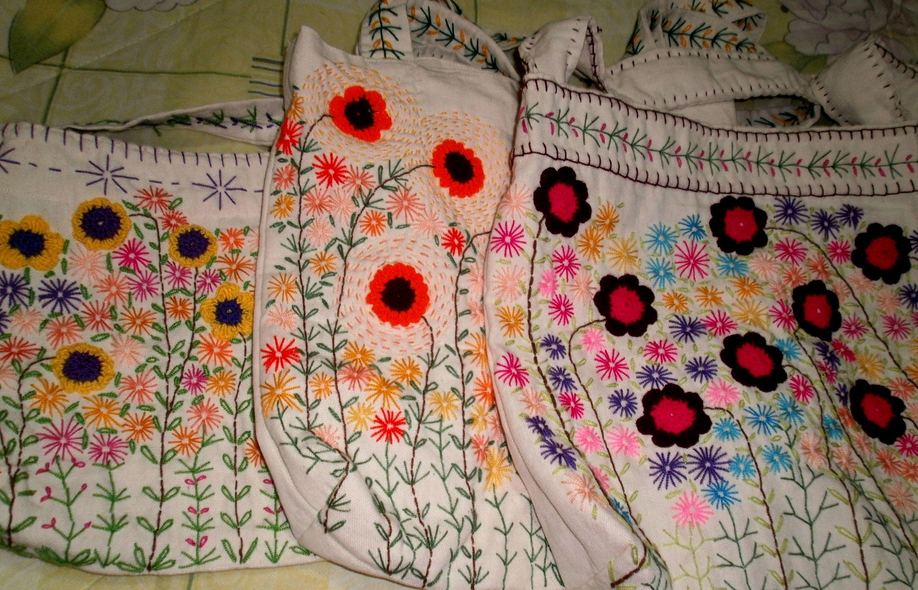 Hermosos y variados detalles bordados a mano