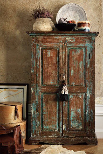 Love the distressed plus teal furniture home sweet home - Roperos antiguos restaurados ...