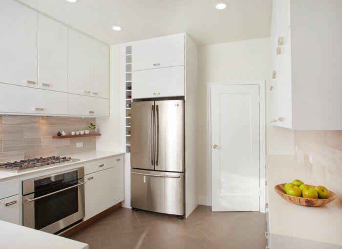 Moderne Küchengestaltung küchenschränke in weiß eine helle und moderne küchengestaltung