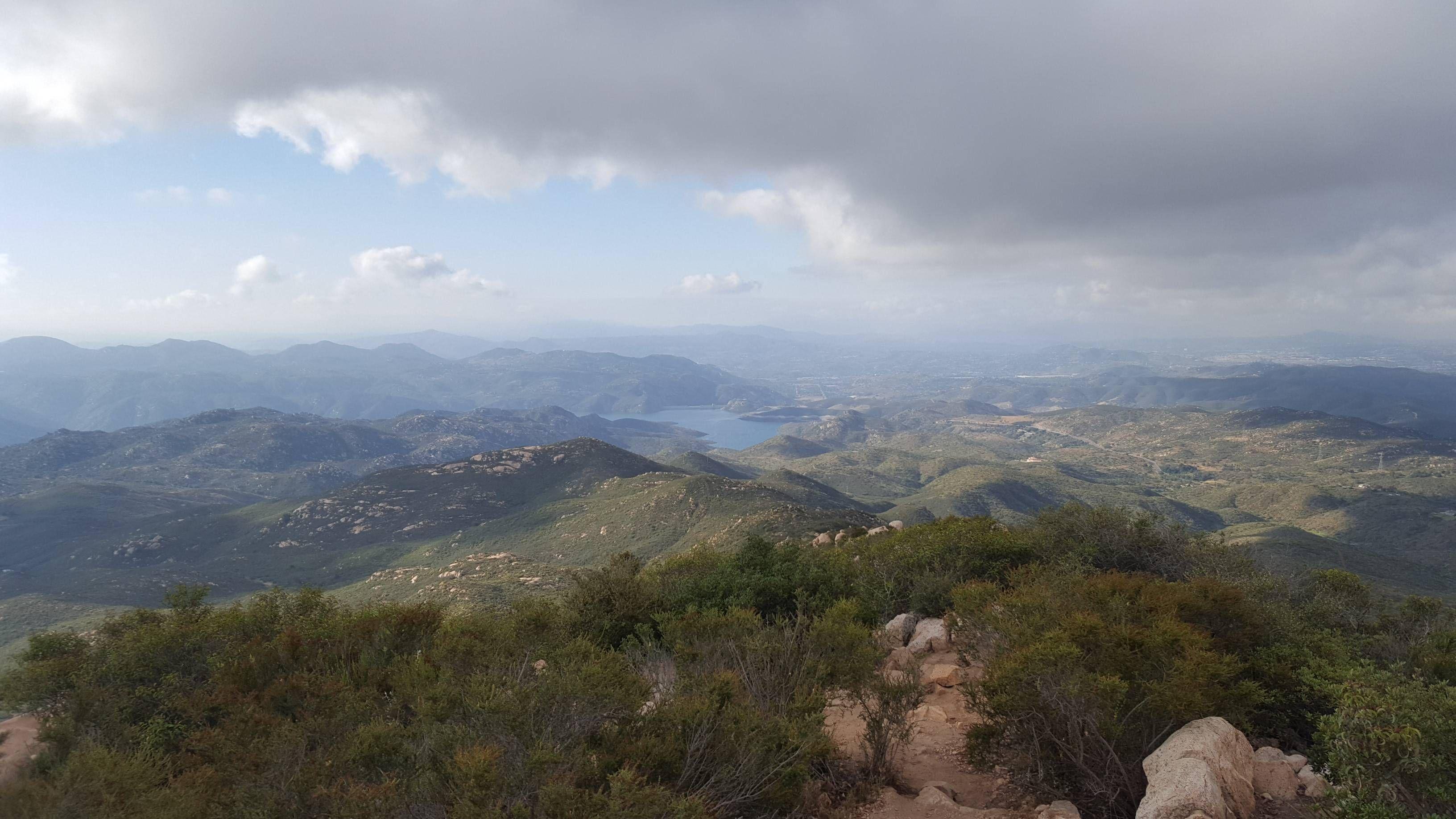 Iron Mountain Trail Ramona CA at 7:42AM (5/20/16) [3264 x 1836] [OC]