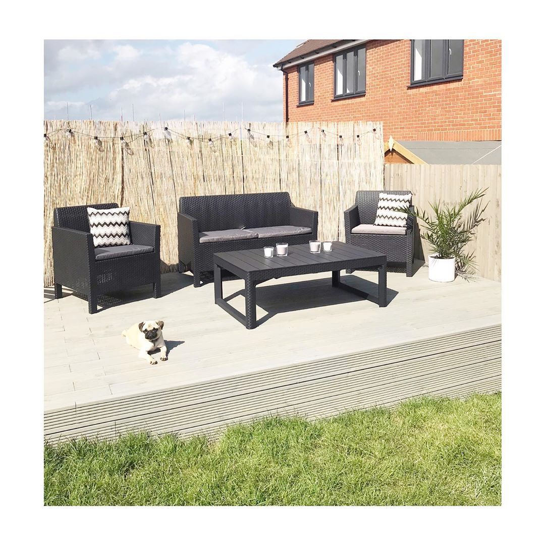 Happy Friday Everyone What A Beautiful Day Today Is 23 Degrees Perfect Start To My 3 Days Of What A Beautiful Day Outdoor Furniture Sets Outdoor Decor
