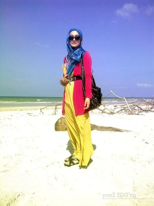 4 Gaya Berhijab Yang Nyaman Untuk Selfie Di Pantai My Hijab