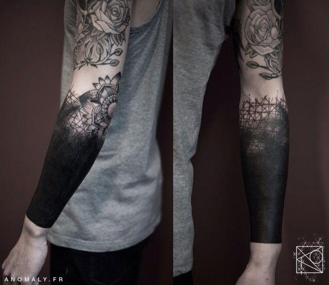 20+ Tatouage bras tout noir trends