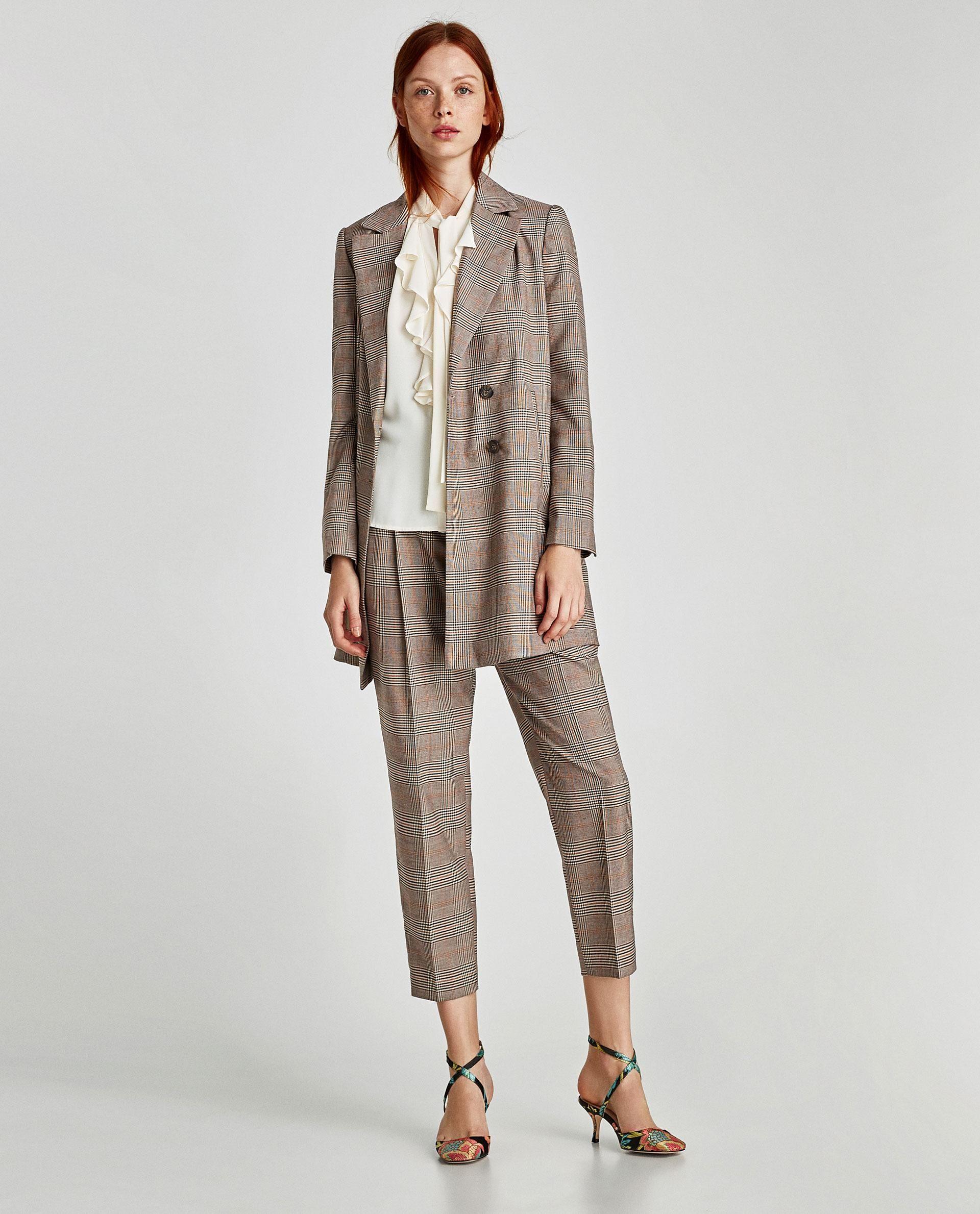 8653da52780 Модные женские туники и блузки 2018  новинки