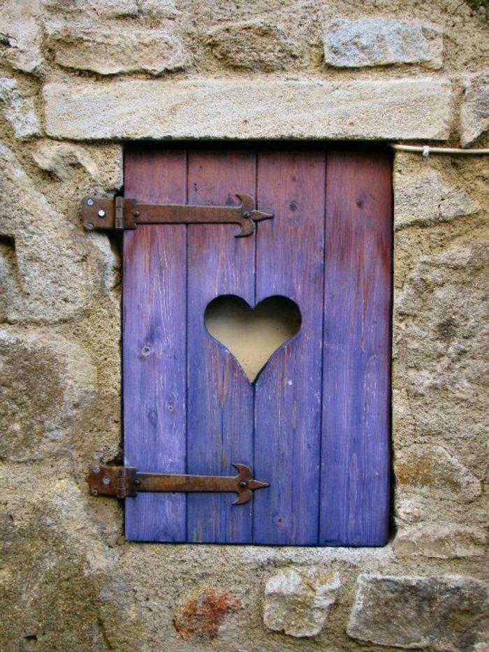 Die Fensterläden - die romantische Bekleidung der Fenster - Archzine.net #terassegestalten