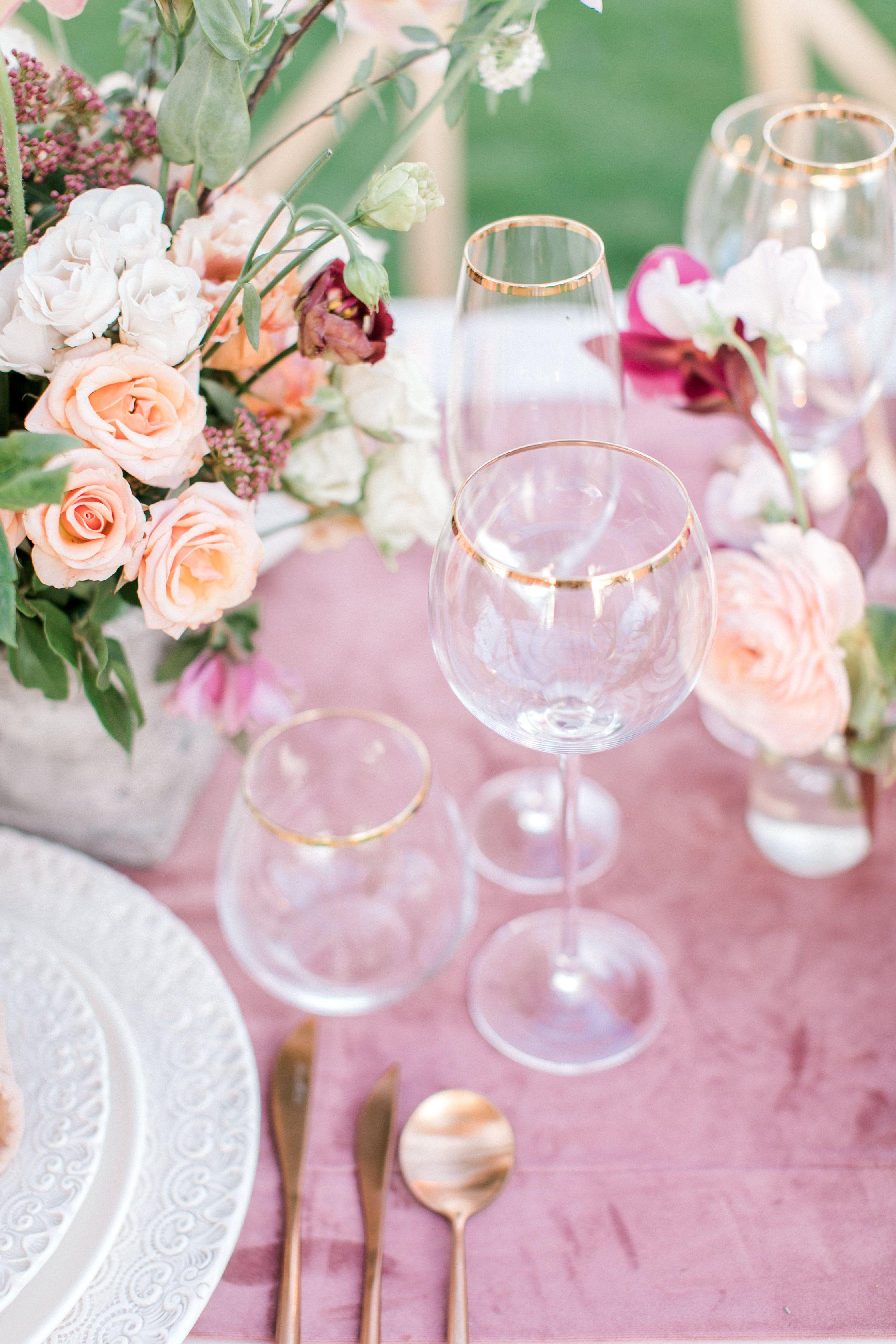 Planning + styling ribbonandleaf Tabletop borrowedblu