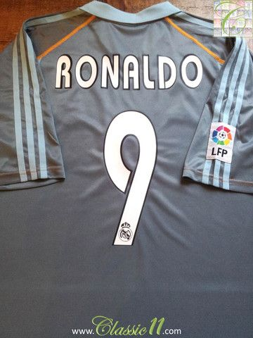 outlet store 95238 7f63b Ronaldo's 2003/2004 La Liga season with this vintage Adidas ...