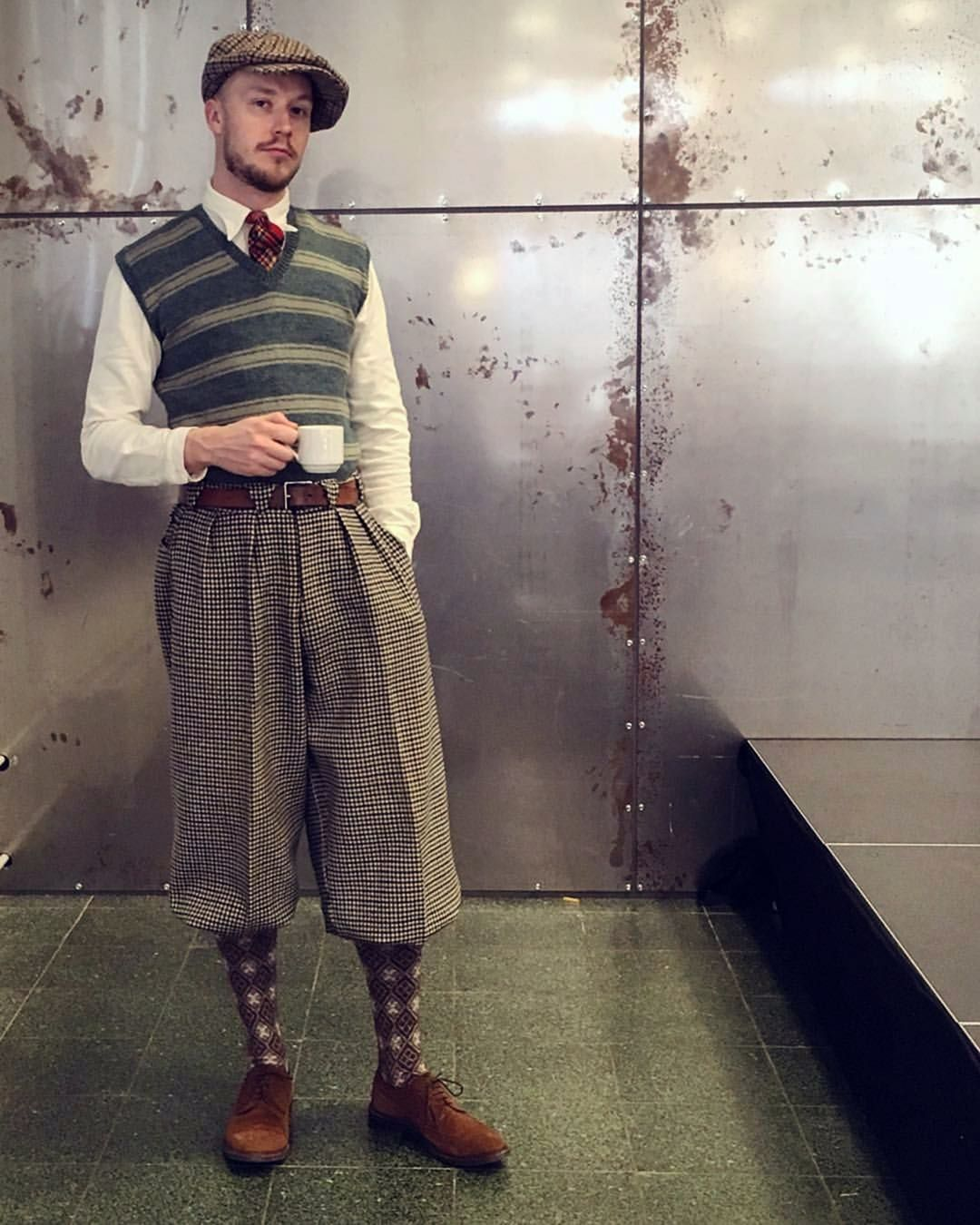 Look Stylish And Fashionable With 13 Men S Vintage Outfits Ideas Fashions Nowadays In 2020 Hipster Outfits Men Hipster Mens Fashion Vintage Outfits