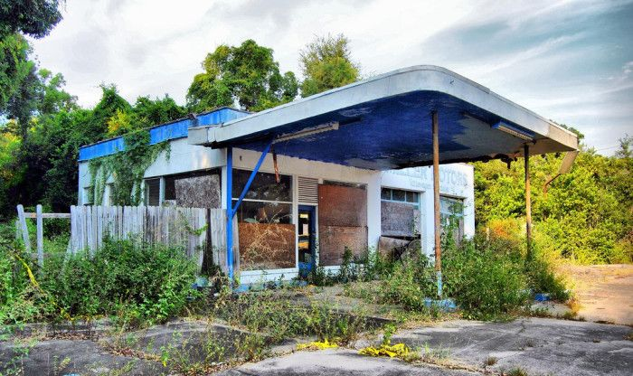 These 15 Abandoned Places In Florida Are Absolutely Haunting Abandoned Houses Abandoned Abandoned Buildings