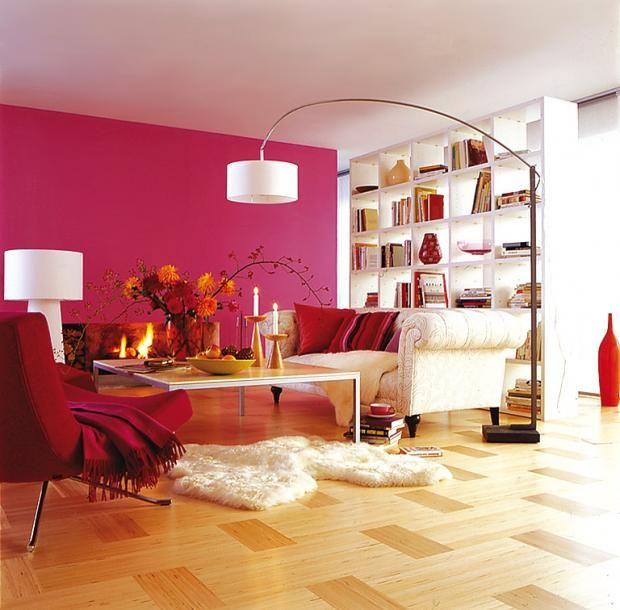 Die rote Wand Roten wände, Pink und Wohnzimmer - wohnzimmer ideen pink
