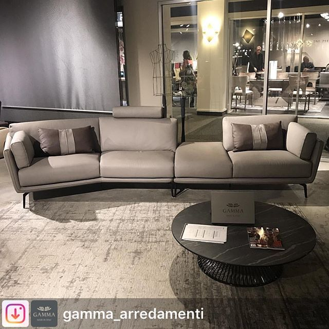Repost from gamma arredamenti ralph sofa for Nama arredamenti