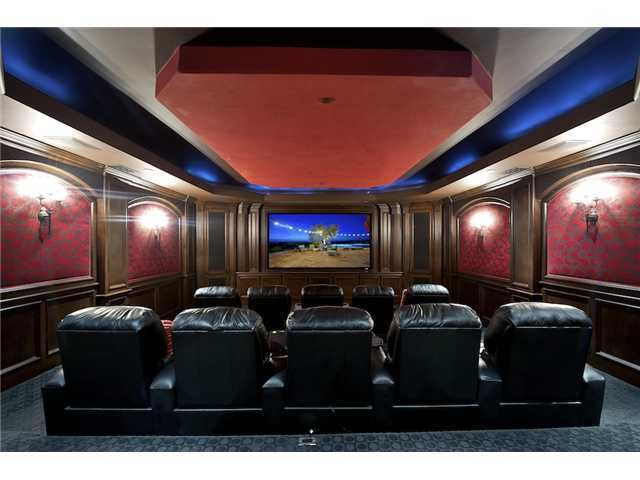 Who Wouldnt Want This In Their Home Why Go To The Movie Theater Mediarooms Movies Luxuryliving