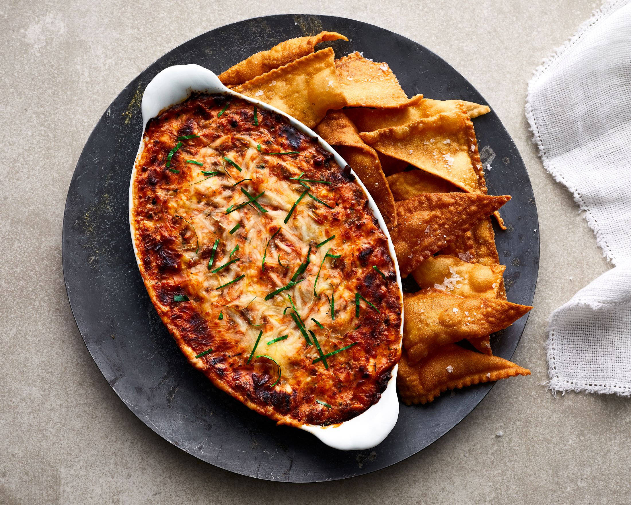 Lasagna Dip With Pasta Chips Recipe In 2020 Pasta Chips