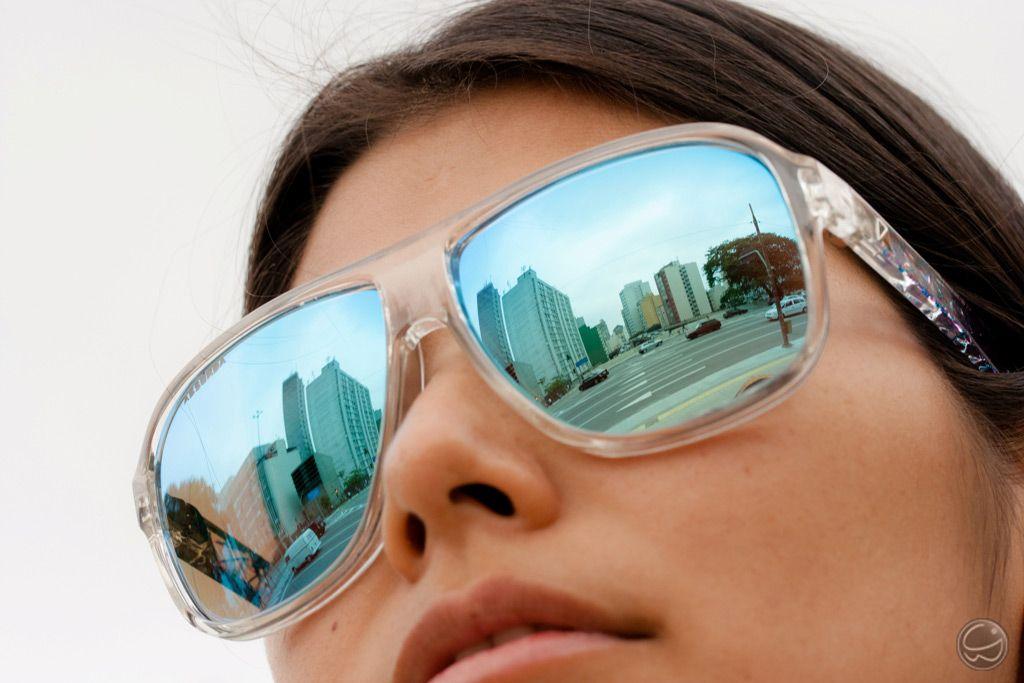 Os espelhados ainda estão na moda!  absurda  calixto  óculos  sunglass   9b889c48ee