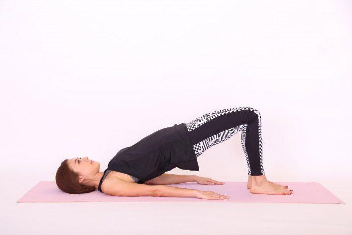 体幹トレーニング ヒップリフト