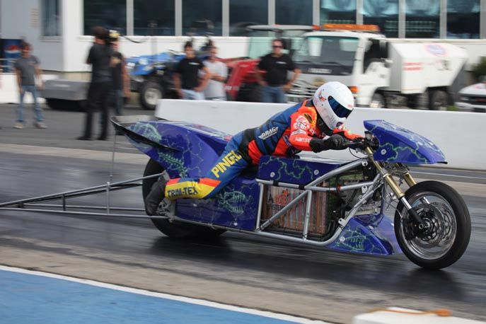 Lawless Electric Drag Racer. Worlds Fastest Electric Motorcycle. 6.940 quarter mile (201.37 mph)