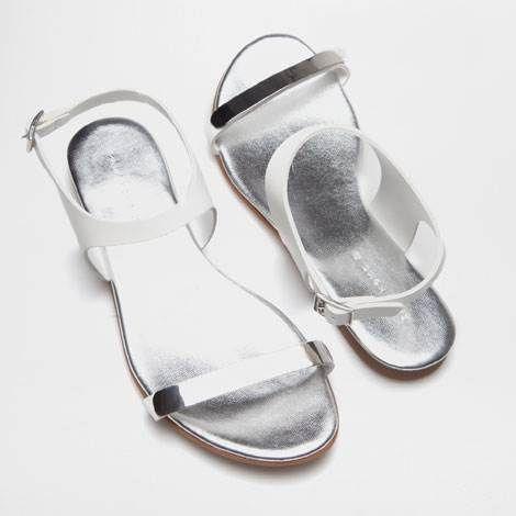 Sandalia metal blanca Zara Home