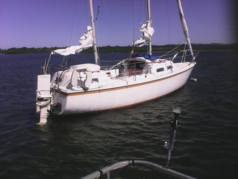 75 parkerdawson 26 ft aft cabin located in Michigan for sale