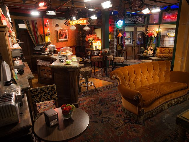 Central Perk Friends Central Perk Coffee Friends Apartment Dining Set For Sale