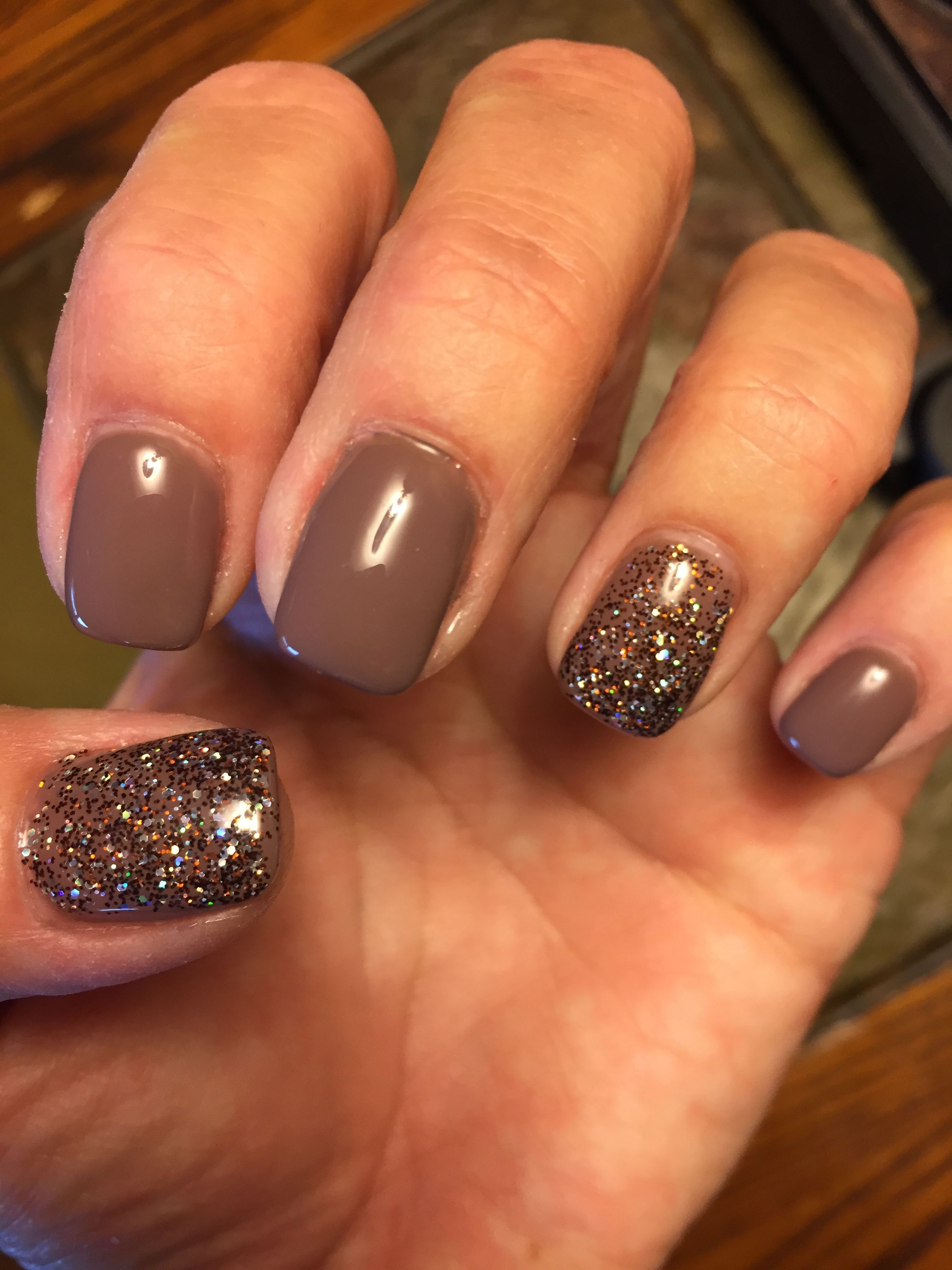 Idea By Courtney J On Nails In 2020 Fall Gel Nails Powder Nails