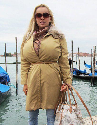 Anekee van der Velden   shirts and blouses   Curvy dress ...