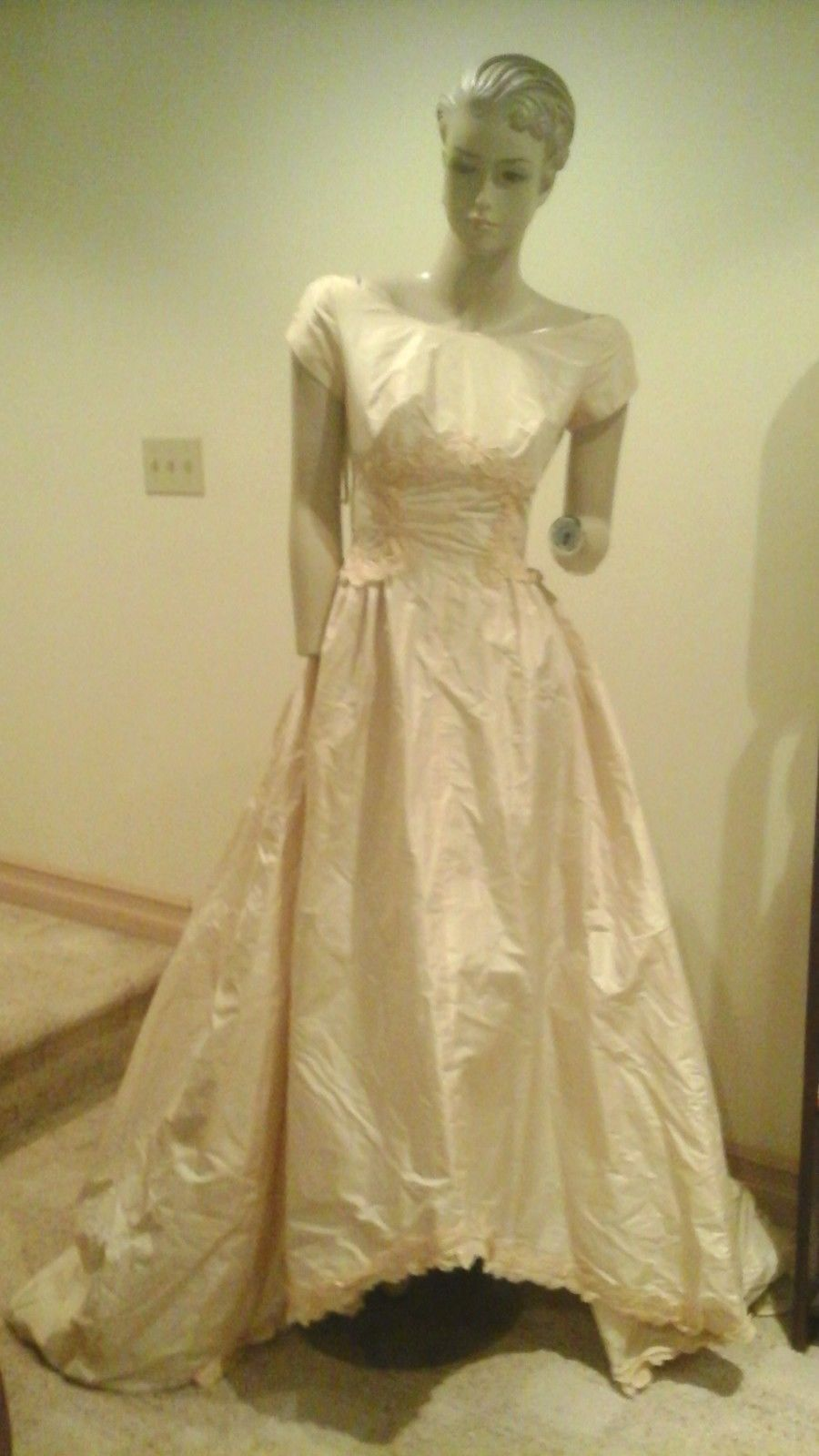 Vintage Ivory Silk Lace Wedding Gown Cap Sleeve Dress Full Sweep ...