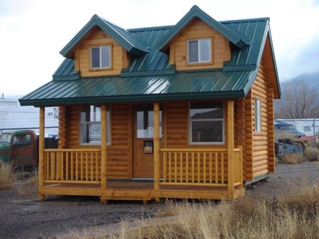 Small log cabins big or small log homes log homes for Hunting shack floor plans
