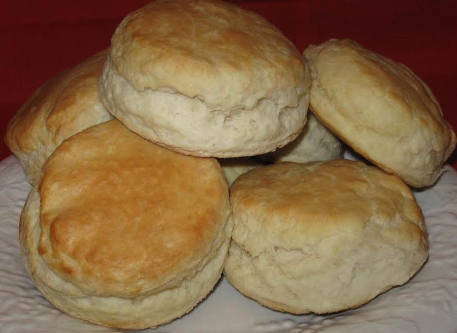 This Is A True Southern Recipe And It Uses Lard It Makes A Big Difference If You Use Shortening I Te Homemade Biscuits Best Homemade Biscuits Biscuit Recipe