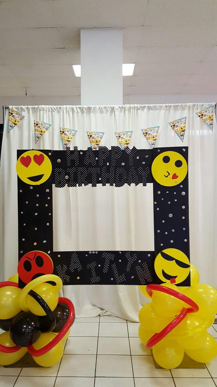 Emoji Picture Frame Emoji Party Pinterest Emoji Pictures Emoji And Birthdays
