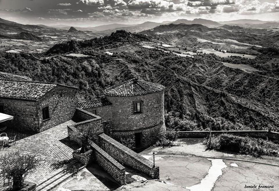 La Fotografia in Italia vista attraverso il più importante Network Nazionale dedicato ai fotografi professionisti e fotoamatori. Visita https://flipboard.com/profile/domiad