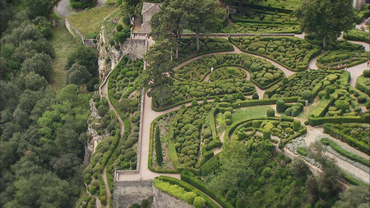 les jardins suspendus de marqueyssac vezac en dordogne. Black Bedroom Furniture Sets. Home Design Ideas