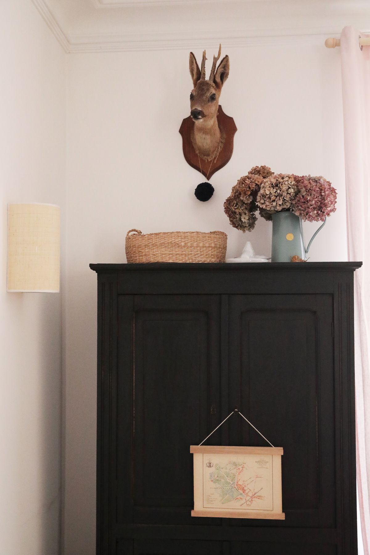 Bienvenue Dans La Maison Facon Cottage Anglais De Mai Creatrice De Marceline Hello Blogzine Decoration Interieure Anglaise Cottage Anglais Deco Vintage