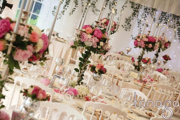 Tanaga weddings events wedding florist in the south of france a wedding florist decoration agency for tailor made d day decoration based junglespirit Image collections