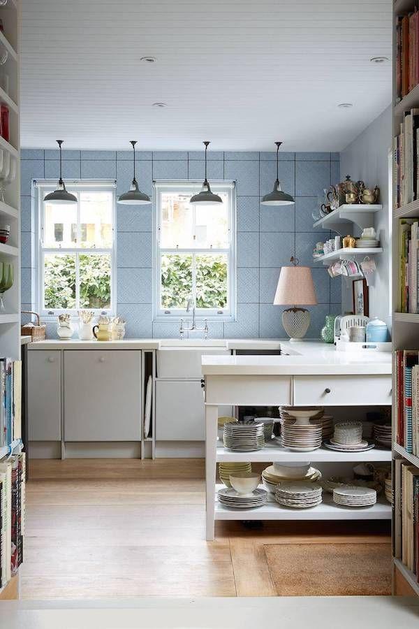 Flat Kitchen Designs: Rita Konig's Charming London Flat