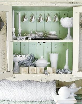 Lovely two toned shabby chic shelf