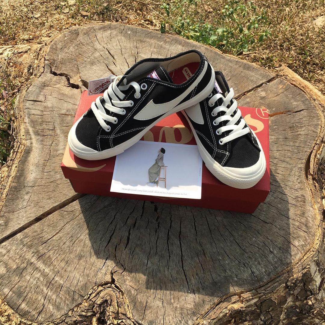 Ready Stock Sepatu Compass Gazelle Low Size 37 Harga Sold Warna Black White Kelengkapan Full Kumpli Vans Authentic Sneaker Vans Sneaker Sneakers