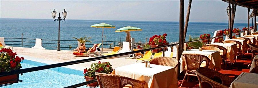 Hilton Giardini Naxos Sicilien 1520.000 kr Sandstrand