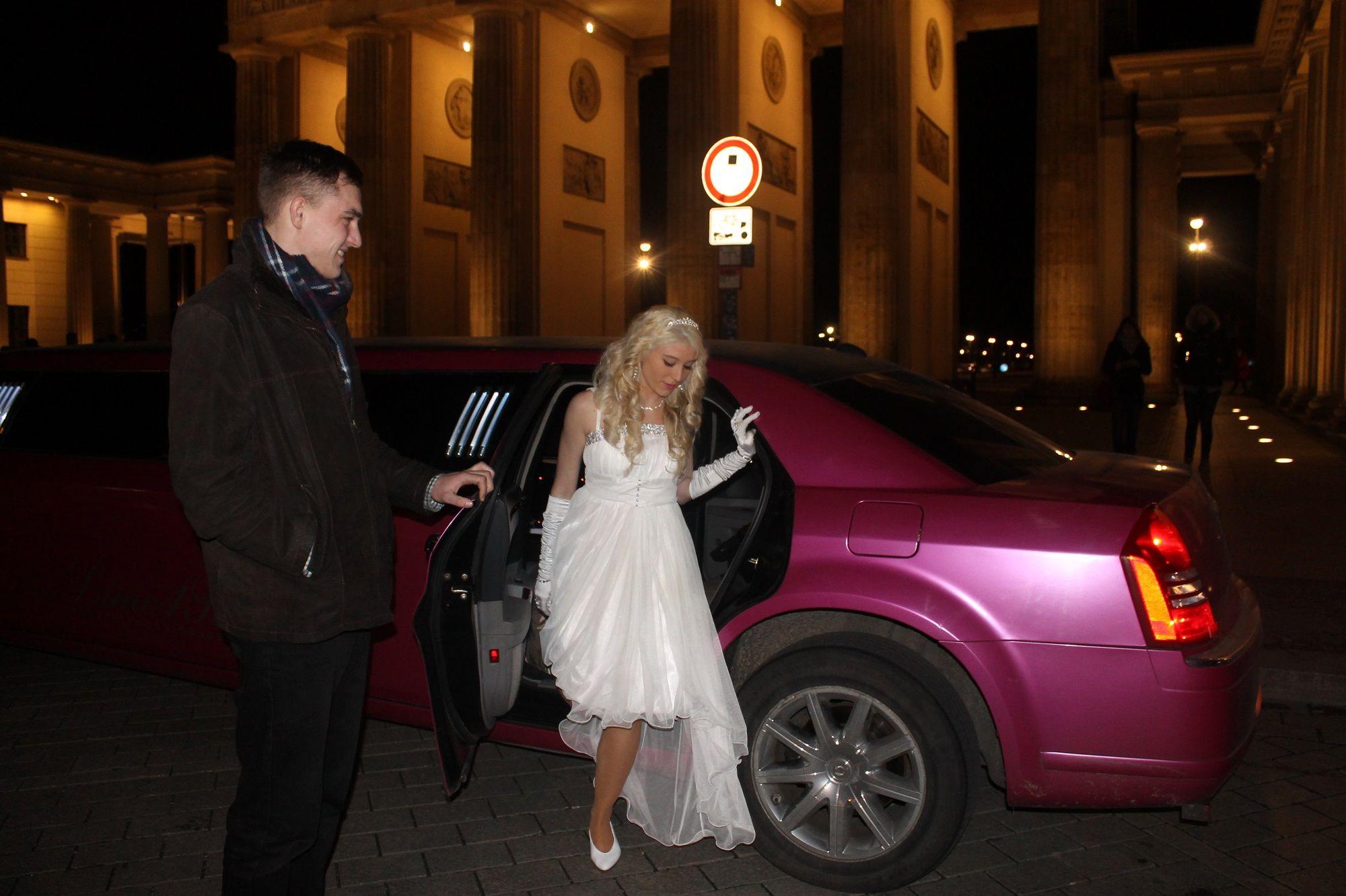 My Birthday Party With A Limousine Am Brandenburger Tor Brandenburger Tor