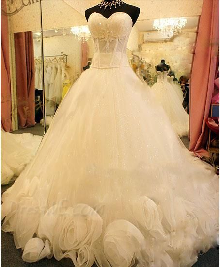 Charming Ball Gown Sweetheart Beads Flowers Wedding Dress ...