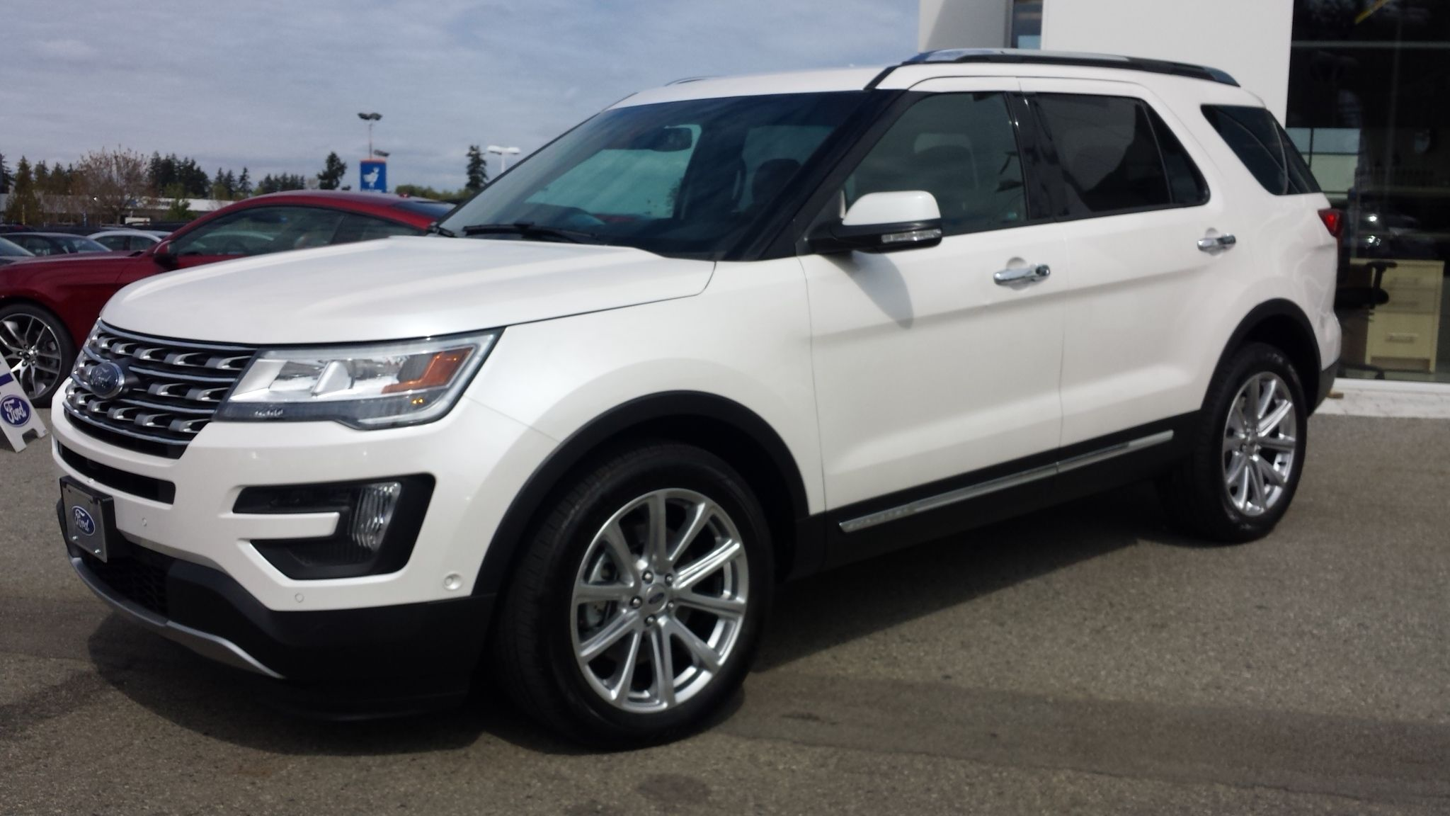New Refreshed 2016 Ford Explorer Limited At Ocean Park Ford For Training Expected Arrival In July But Pre O Ford Explorer Ford Explorer Limited Ford