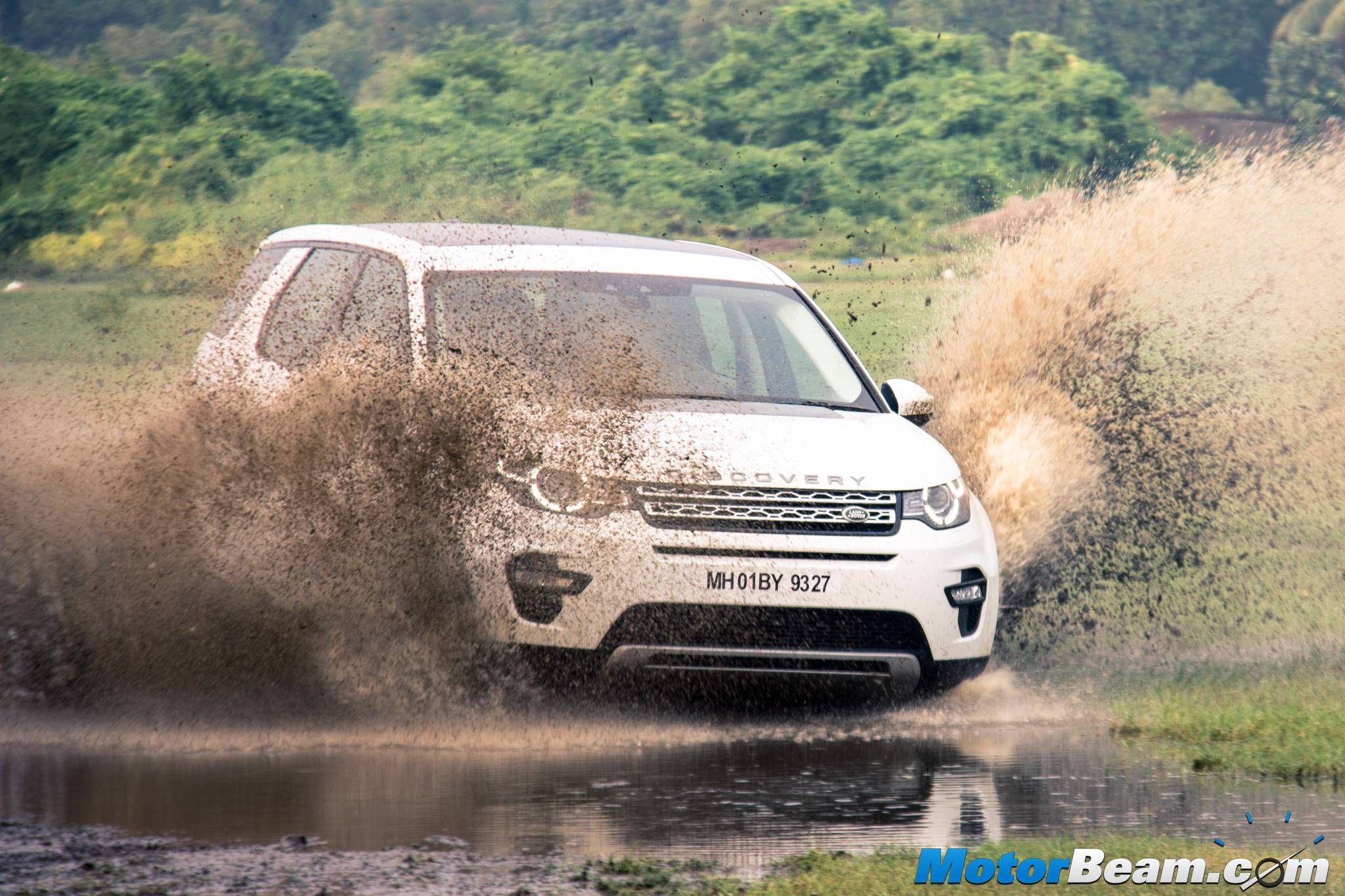 Land Rover India Prices Reduced By Upto Rs. 50 Lakhs