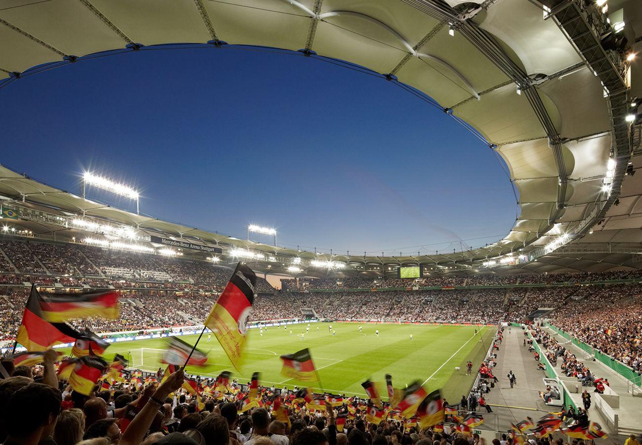 Mercedes Benz Arena Stuttgart Sporthalle Fussballstadion Mercedes Benz