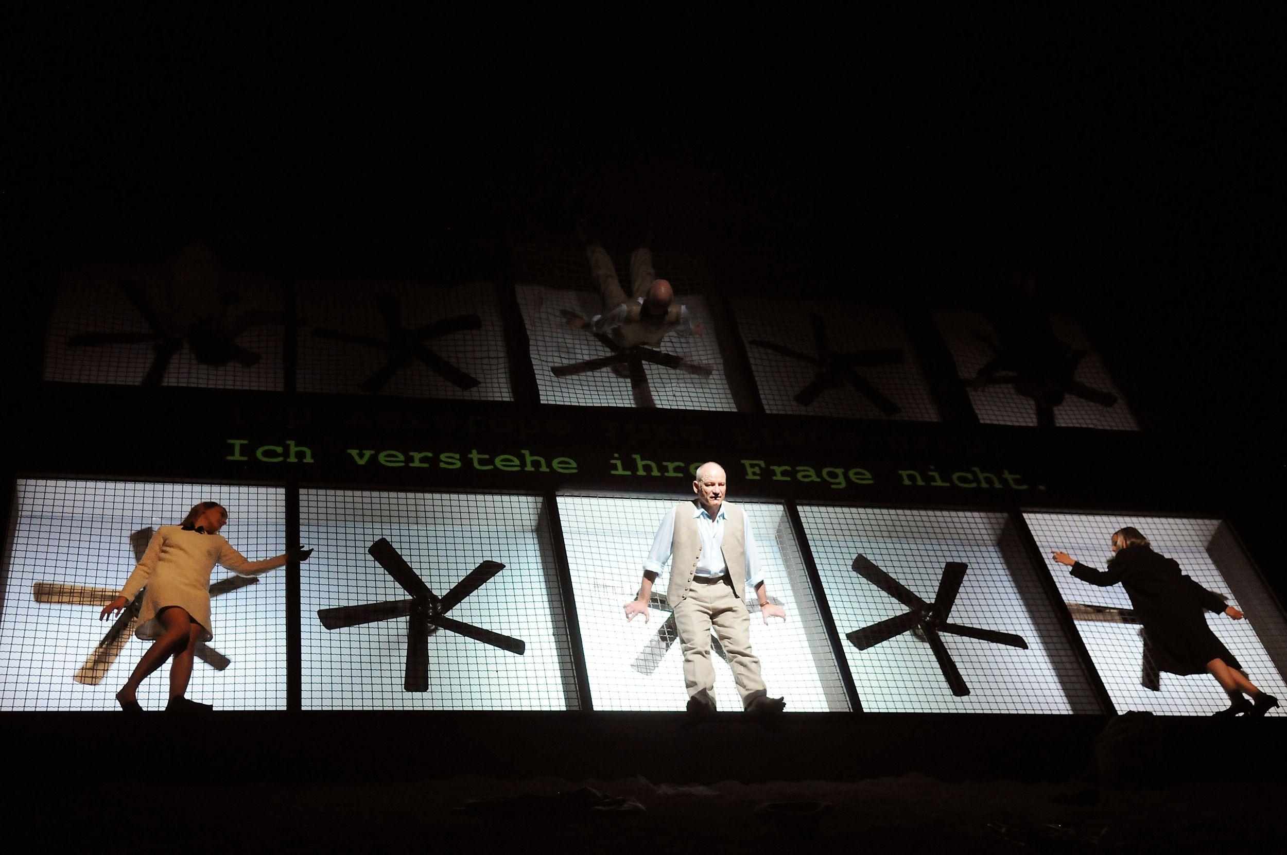 Luise Schubert Stefan Eichberg Und Sabine Unger Foto Thomas Braun Schauspiel
